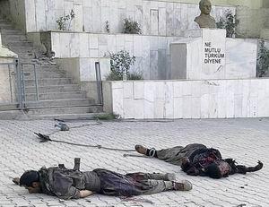 Şemdinlide Karakolun Önünde İpe Bağlı Cesetler...