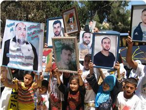 Filistinli Esirler Salı Günü Özgürlüğe Kavuşacak