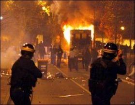 """""""Fransa, 17 Ekim Katliamını Tanı!"""" Kampanyası"""