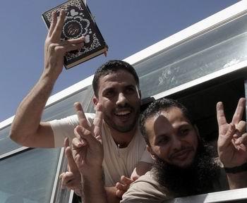 Ve Filistinli Tutsaklar Gazzede... (FOTO)