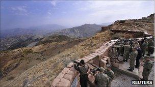 TSK Tankları Kuzey Irak Sınırını Geçti