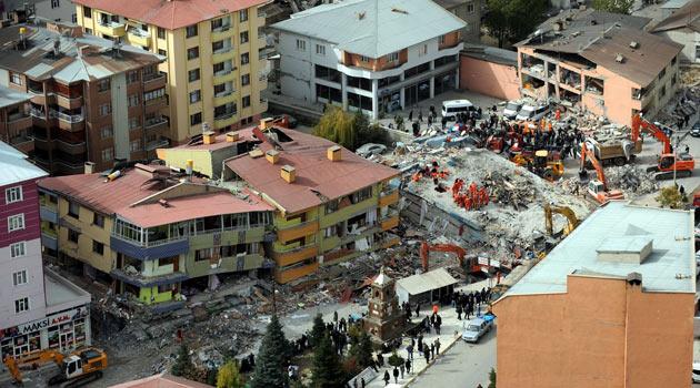 AFAD: Deprem'de Ölü Sayısı: 523