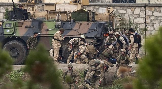 Afganistanda NATO Üslerine Saldırı