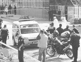 PKK Osmaniye'de Trafik Polisine Saldırdı