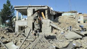 NATO Afganistan'da Sivilleri Katlediyor