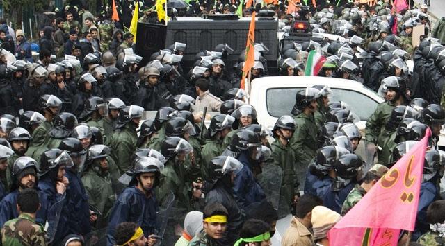 İngiltere İranlı Diplomatları Sınır Dışı Ediyor