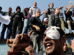 Tahrirde Baltacılar Muhaliflere Saldırdı