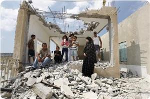 İsrail, Filistin Köyünü Yıkıp, Halkını Sürecek!