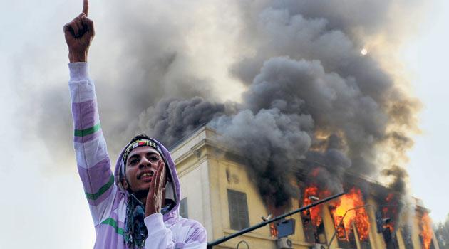 Ordu, Tahrire İndi Kahire Yine Karıştı