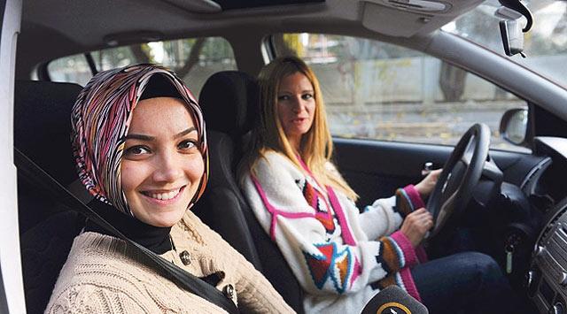 BMW'nin Sponsorluğu Başörtüsüne Takıldı