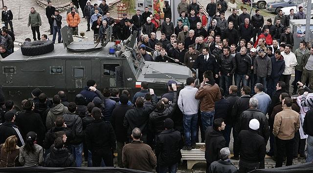Kosovada Büyük Gerginlik