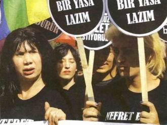 Yargıtay'dan Yeni Akit'e Gay-Lezbiyen Cezası