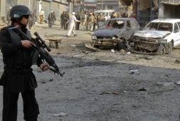 Pakistanda Durağa Bombalı Saldırı: 35 Ölü