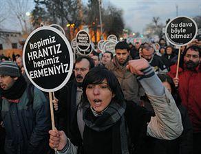 Hrant Dink Kararı Protesto Edildi