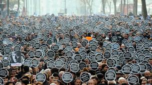 Binlerce Kişi Hrant Dink İçin Yürüdü