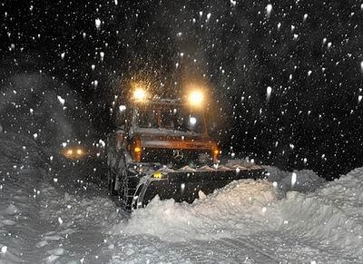 Kar, Doğuda Köy Yollarını Kapadı