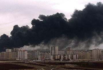 Suriyede Esed'in Tankları Humus'a Girdi