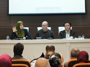 """""""80'li Yıllarda İslamcılığın Gelişimi Paneli Yapıldı"""