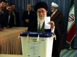 İran Halkı Bugün Sandık Başında