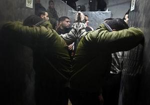 Gazzede 2 Filistinli Daha Şehit Edildi