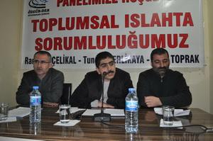 Diyarbakırda Islah ve Sorumluluğumuz Paneli Yapıldı