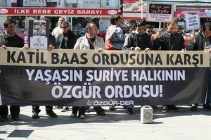 Antalyadan Suriye Direnişine Destek Eylemi