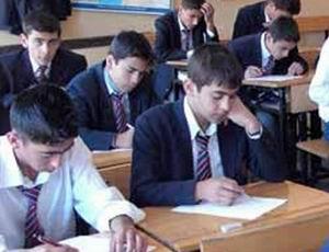 Tek Dersten Kalan Liseliye Sınav
