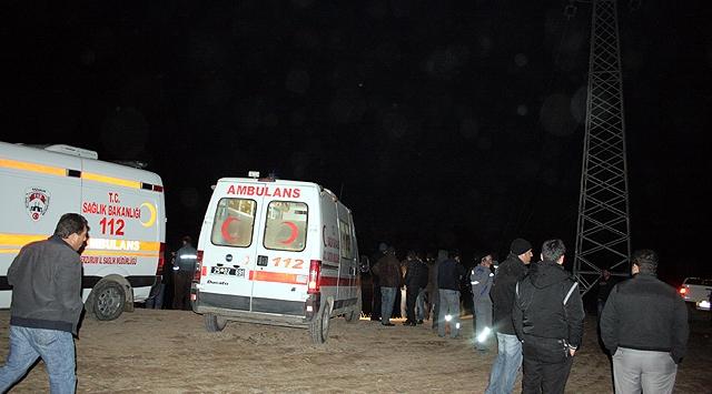Erzurumda İşçiler Baraj Gölüne Düştü