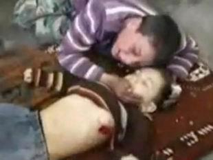 Suriye'de Her 8 Saatte Bir Çocuk Ölüyor!