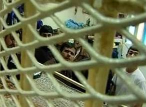 Siyonist İsrail Zindanlarında 7 Bin Filistinli Var