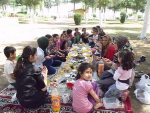 Özgür-Der Siverekli Çocuklar Piknikte Buluştu