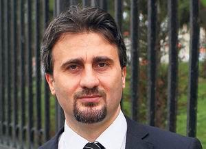 """Barodan Erkek Avukata """"Türban"""" Cezası"""