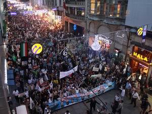 On Binler Taksim'de Özgür Kudüs ve Suriye İçin Yürüdü! (FOTO)