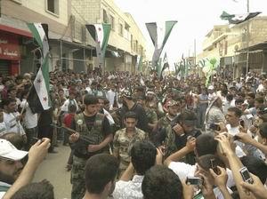Esed Güçleri Cuma Günü 128 Suriyeliyi Katletti (VİDEO)