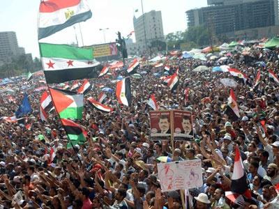 Müslüman Kardeşlerden Milyonluk Gösteri