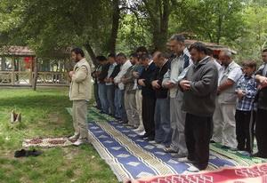 Sivas Özgür-Der Üyeleri Piknikte Buluştu!