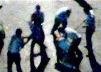 Dayakçı Polisler Serbest Bırakıldı