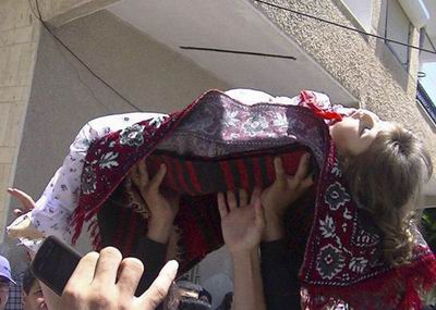 Suriyede Pazartesi Günü 61 Kişi Katledildi