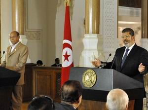 Mursi, Üst Kademelerde Değişiklik Yaptı