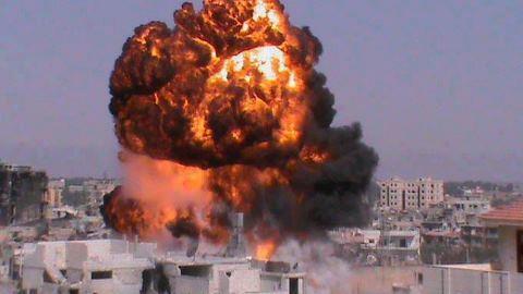 Suriyede Pazar Günü 130 Suriyeli Katledildi