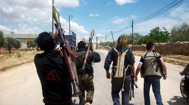 Liva et-Tevhid Grubu 300 Kişiyle Halepe Girdi