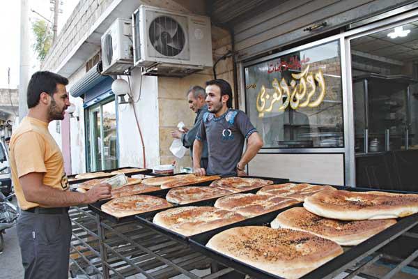 Suriye Ramazanı Silahların Gölgesinde Geçirdi