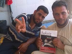 AID Suriye Sınırında İlaç Yardımı Yaptı (FOTO)