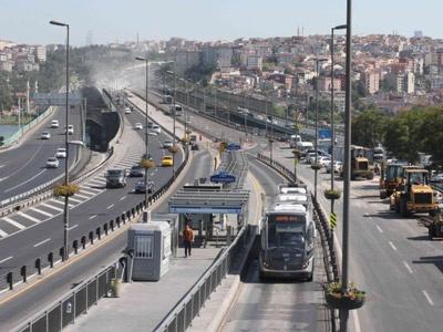 Haliç Köprüsü Trafiğe Açıldı