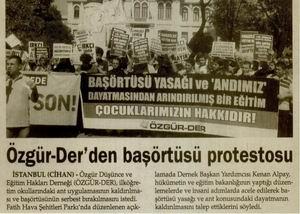 Özgür-Der'den Başörtüsü Protestosu