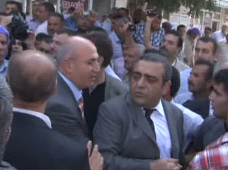 CHP Heyeti Akçakale'de Yuhalandı!