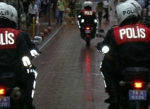 Antalyada Polise Silahlı Saldırı