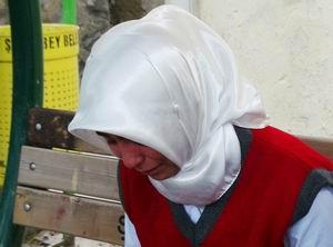 Antep'te Başörtülü Küçük Öğrenciye Zulüm