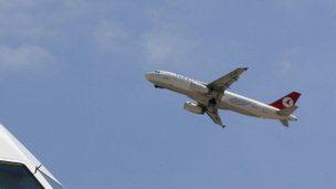 Türkiye Hava Sahasını Suriyeye Kapattı
