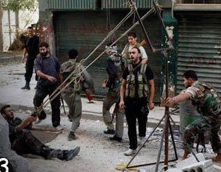 Suriyeli Direnişçilerin Ürettiği Silah! (VİDEO)